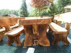 P1010194 (serafinocugnod) Tags: legno tavoli