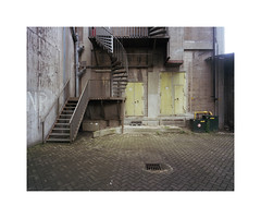 back entrance (ha*voc) Tags: urban 120 film mediumformat rotterdam rangefinder 6x7 urbanfragments kodakportra400 mamiya7ii 43mm