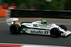Williams FW07D ({House} Photography) Tags: uk car race canon one 1 kent williams flames f1 racing motor hatch panning exhaust brands motorsport fomula fawkham 70d housephotography fw07d timothyhouse