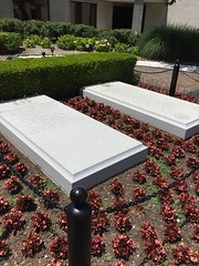 "Grave of President and Mrs Truman • <a style=""font-size:0.8em;"" href=""http://www.flickr.com/photos/109120354@N07/27244008534/"" target=""_blank"">View on Flickr</a>"