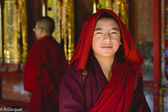 Tibetan portait #8 (renan4) Tags: sichuan tibet china tibetan seda sertr monastery temple larung buddhistacademy buddhaschool tagong buddha red asia trip travel nikon d800 renan4 renan gicquel portrait