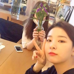 [Official IG] 160428 Irene and Seulgi (1) (redvelvetgallery) Tags: officialinstagram instagram redvelvet  kpop kpopgirls koreangirls smtown selca seulrene seulreneselca ireneselca irene seulgi seulgiselca