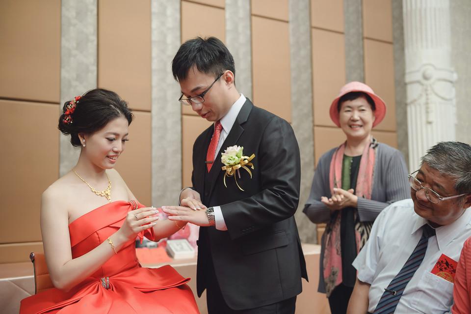 婚禮攝影-台南情定婚宴城堡永康館-19