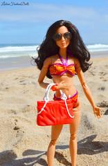 Beach Day! (Lisbon_Fashion_Dolls) Tags: girls summer praia beach outside dolls barbie mattel macrophoto barbiedoll fashionistas dollshair barbiecollector barbiefashionistas madetomove