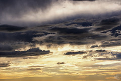 #cloudporn (TLP images) Tags: sky cloud contrast sunrise porn cloudporn lightanddark tlpimages
