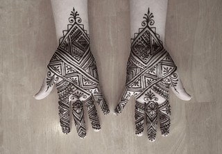 Moroccan hand 2