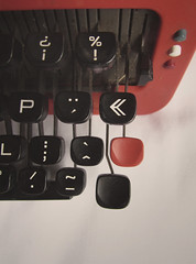 The old Olivetti Valentine (Rustlet Two) Tags: 1969 typewriter keys valentine chevron olivetti
