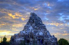 Matterhorn  Sunset (Jalejandro Photography) Tags: disneyland disney orangecounty anaheim disneyresort disneyphotos