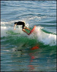 surfer (smacss) Tags: california blue red white reflection green surfer wave surfboard