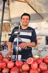 Fresh Turkish pomegranate juice (Kristel Van Loock) Tags: fruit pomegranate pomegranates granada grenade frutta melograno nar punicagranatum granaatappels turksfruit melograne turkishfruit