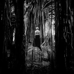 """""""Vis-à-Vis"""" (helmet13) Tags: bw woman tree raw topless seychelles seminude banyantree aoi 100faves peaceaward d700 heartaward world100f"""