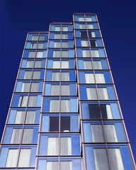 Aiming high (gloriasoria) Tags: verticality arquitectural