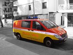 Policia Local Mercedes-Benz Vito (Boss-19) Tags: red 3 yellow de mercedes benz spain purple d c 4 n police son mercedesbenz local mallorca geel rood mb policia cala spanje   paars politie ajuntament sprinter millor 3404 dcn servera 3404dcn