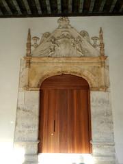 Puerta Interior Colegio San Gregorio Museo Nacional Esculturas Valladolid 01 (Rafael Gomez - http://micamara.es) Tags: puerta san interior esculturas valladolid colegio museo nacional gregorio