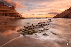 Cocedores (Antonio Carrillo (Ancalop)) Tags: sunset espaa beach atardecer spain soft playa 09 lee almeria 1740mm density aguilas neutral gradual canon1740mmf4l spagne neutra gnd densidad pulpi antoniocarrillo canon5dmarkii cocedores ancalop lucroit leesoft09gnd wwwantoniocarrillocom