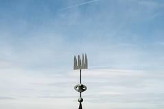 Mir (La T / Tiziana Nanni) Tags: travel sky cielo barcellona spaces mir spazio d300 iamyou tizianananni