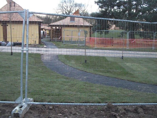 17/02/15 - A new path has been added leading towards the hotels.