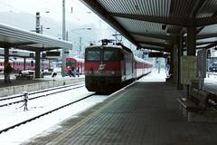 1144 226-6 Innsbruck 24-02-04 (Tin Wis Vin) Tags: railways innsbruck locos obb