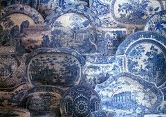 Blue & White China (pefkosmad) Tags: china blue white hobby puzzle leisure antiques jigsaw pastime millers unopened upstarts 1000pieces