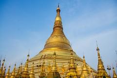 IMGP6705 (Montre ce qu'il voit!) Tags: colors landscape gold golden julien asia pentax couleurs yangon burma religion buddhism myanmar asie mm paysage budda vidal k5 birmanie boudhisme myanmarbirmanie yangonregion