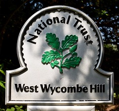 West Wycombe Hill (Dave_S.) Tags: uk summer england sun west english sunshine sign logo outside outdoors nikon symbol britain united buckinghamshire hill great kingdom sunny national trust gb british wycombe d7200