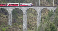 DSC04520 Train runs over the Landwasser viaduct near Filisur (Tery14) Tags: switzerland filisur train travel bridge landwasser unescoworldheritage berninaexpress