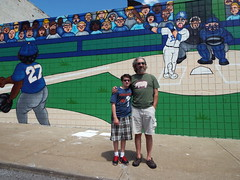 DSCF7807 (dishfunctional) Tags: city mural missouri kansas royals