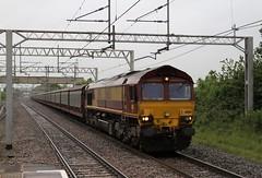 66150 Acton Bridge, Cheshire (DieselDude321) Tags: bridge cars station docks cheshire db jaguar southampton eastern acton dbs ews shenker 1034 halewood 66150 6m48