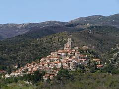 Eus (Niall Corbet) Tags: france village roussillon languedoc hilltop eus pyrnesorientales