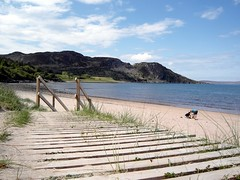 A nice day at the beach. (Flyingpast) Tags: travel sea people sun tourism beach public lines landscape bay scotland wooden highlands sand pretty outdoor path candid scottish remote secluded gruinard visitscotland wb2000 tl350