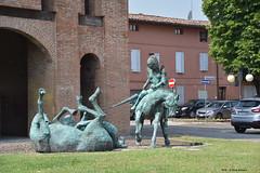 Cavalieri in Battaglia di Nicola Zamboni (Paolo Bonassin) Tags: italy art statue artistic sculture sculptures emiliaromagna artisticexpression sangiorgiodipiano