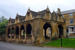 Market Hall, Chipping Campden (tmvissers) Tags: street uk england hall high market cotswolds gloucestershire chipping campden 1647