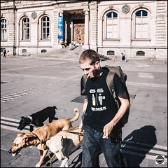 StreetShots : Just Dose It (nobru2607) Tags: lyon streetphotography snap ricoh grd3 grdiii