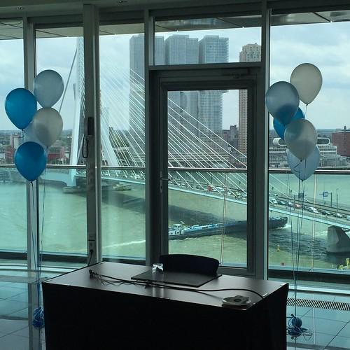 Tafeldecoratie 5ballonnen Gronddecoratie Intel Hotel Leuvehaven Rotterdam