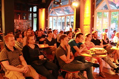"Science Slam Café Juli 2016 - 17 • <a style=""font-size:0.8em;"" href=""http://www.flickr.com/photos/134851782@N05/28021183425/"" target=""_blank"">View on Flickr</a>"
