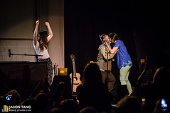 2013.05.11: Sara Bareilles w/ Brian & Marlene @ Showbox At The Market, Seattle, WA (Jason Tang Photography) Tags: seattle market brian marlene concerts showbox d600 marriageproposal sarabareilles jasontang showboxatthemarket foursquare:venue=9152 thesingoff jktangcom 20130511 braveenoughtour lastfm:event=3586756 theblessedunrest