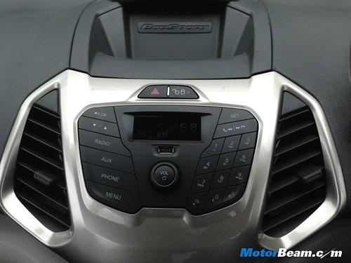 Ford-EcoSport-1.5-13