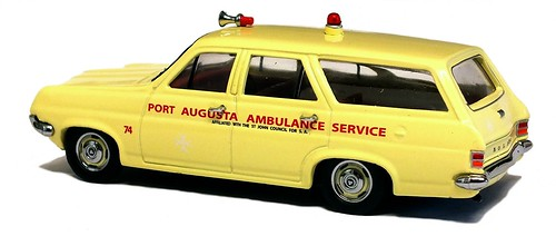 Trax 1965 Holden HD Ambulance (2)