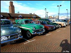 Woodside,Birkenhead CLASSIC CAR SHOW (exacta2a) Tags: cars liverpool woodside classiccars merseyside bikenhead vision:beach=067