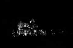 The House at the End of the Street (benchorizo) Tags: longexposure blackwhite nightshot oakpark chicagoist banias benchorizo