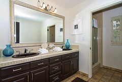 32 Bathroom - 3rd Level (Nick  Carlson) Tags: california homes architecture losangeles pacificpalisades realestatephotography nickcarlson truelifeimages