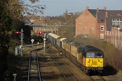 Empty Logs (Jonathan Malpass) Tags: grid shropshire diesel logs shrewsbury freight freighttrain colas dieseltrain logtrain class56 56302 marchesline suttonbridgejunction 6v54 kempseye