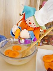 Misture tudo e  asse uma por uma na frigideira antiaderente (BoniFrati) Tags: cute colors pig diy cook craft pancake receive cozinha tutorial pap receita porquinho panquecas bonifrati colorspancakes