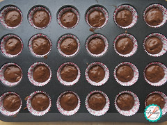 Mini Chocolate Muffins (The Foodies' Kitchen) Tags: muffins chocolate lowfat minimuffins loncheras lunchboxideas