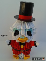Scrooge McDuck Origami 3d (Samuel Sfa87) Tags: money del de origami arte uncle crafts craft disney scrooge bin il sfa dickens carta artisan ebenezer papercraft papero zio mondo paperone deposito più mcduck ricco zione arteempapel paperoni origami3d paperon sfaorigami sfa87 arteconlacarta
