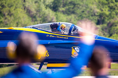 218A6621 (W.L.M.II) Tags: hornet f18 usnavy fa18 fa18hornet navalaviators theblueangels spiritofstlouisairshowstemexpomay2016