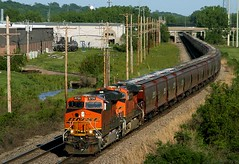 St. Joe Earthworms (Jeff Carlson_82) Tags: railroad train riverside grain railway mo kansascity missouri kc ge railfan bnsf earthworm burlingtonnorthernsantafe gevo 6720 coveredhopper unittrain es44c4 stjoesub
