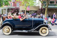 IMG_2850 (marylea) Tags: classic car vintage classiccar parade memorialday 2015 may25 memorialdayparade
