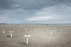 Spiaggia (Vanda Guazzora) Tags: italia autunno lungomare abbandono lidodisavio formeegrafismi