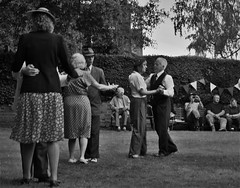 DSC_0353 (3) (Jaffaeatingacake) Tags: trees ladies england people music white black history nature monochrome up grass museum d50 garden landscape fun photography grey nikon couple with dancing audience britain military group performance taken victory dressing celebration event entertainment 1940s ww2 soldiers uniforms partners greyscale wartime gentlemen hedges bunting jaffaeatingacake